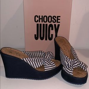 Juicy Couture Navy Wedges